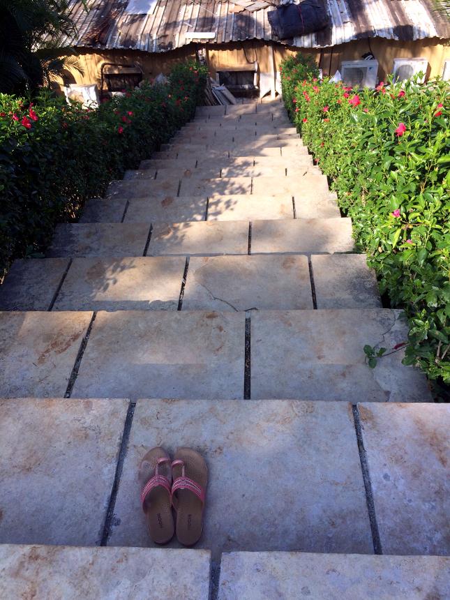 寺院へと続く階段