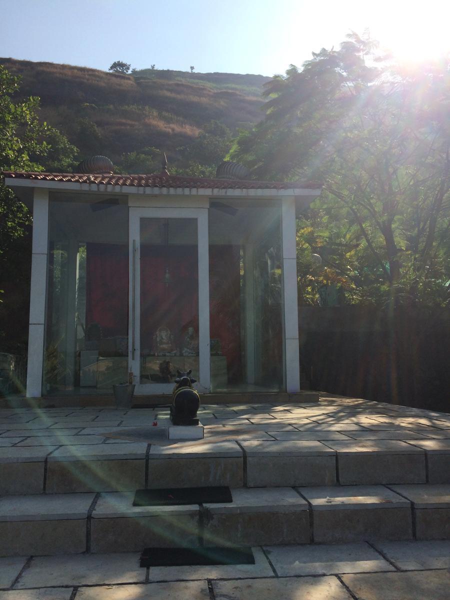 小さなシヴァ寺院